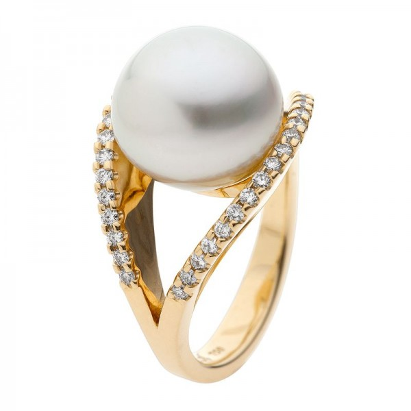 South Sea Pearl Ring In Yellow Gold - The Dream Dancer