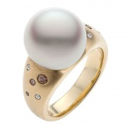 Kimberley Diamond Ring With Broome Pearl - The Essence