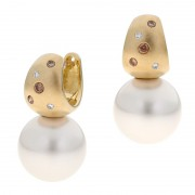 Broome Pearl and Kimberley Diamond Earrings - The Essence