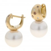 Gold, Pearl and Diamond Earrings - The Kimberley Essence