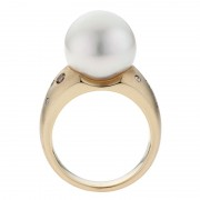 Pearl Ring With Champagne Diamonds - The Kimberley Essence