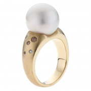 Coloured Diamond Ring With Broome Pearl - The Kimberley Essence