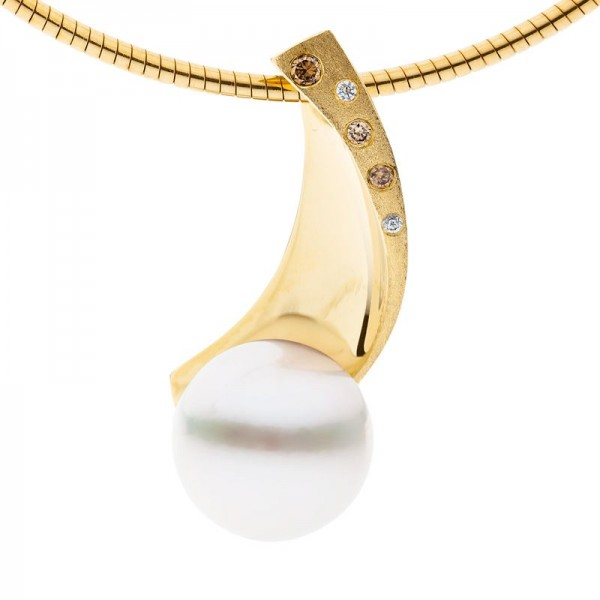 Champagne Diamond and Pearl Pendant - The Serengeti