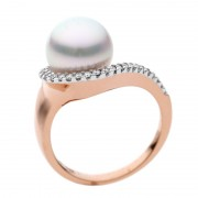 Rose Gold Ring With Real Broome Pearl and White Diamonds - The Stella