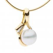 Yellow Gold Pendant With Broome Pearl - The Tranquil Bay