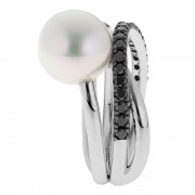 Broome Pearl Ring With Black Diamonds - The Triple Embrace