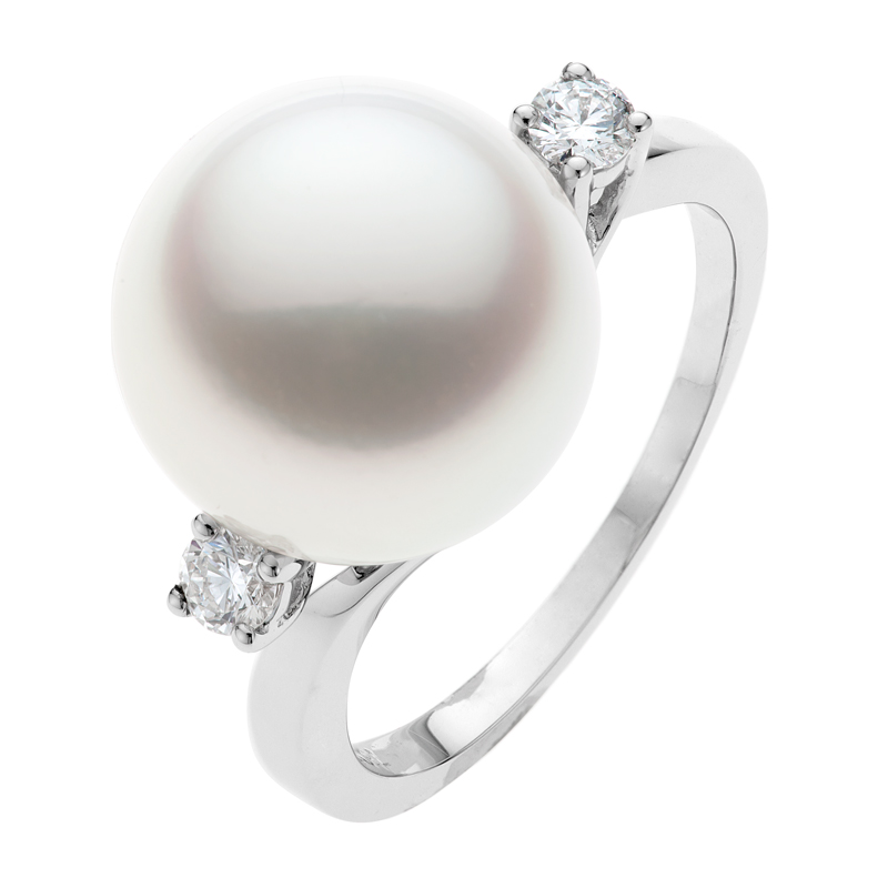 Paris_Pearl_Ring_-_Top_View